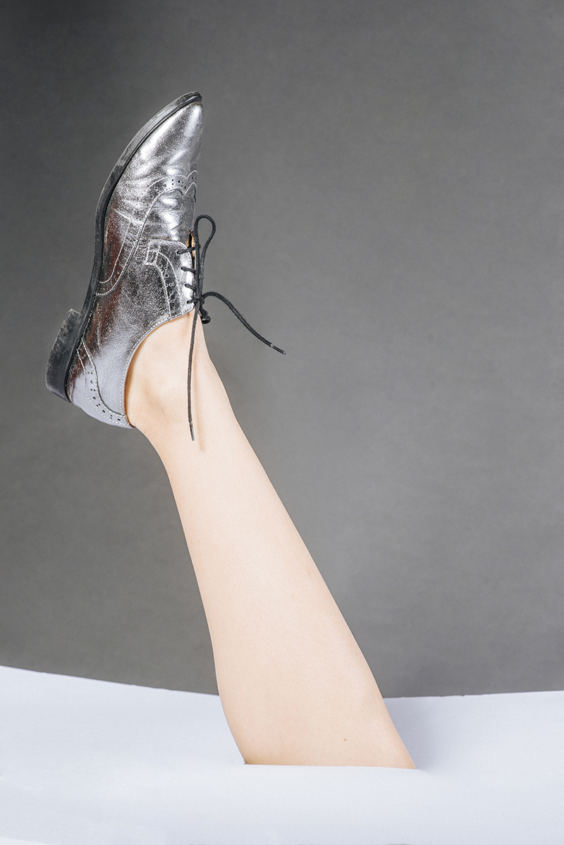 so much more.shoes SILVER 06